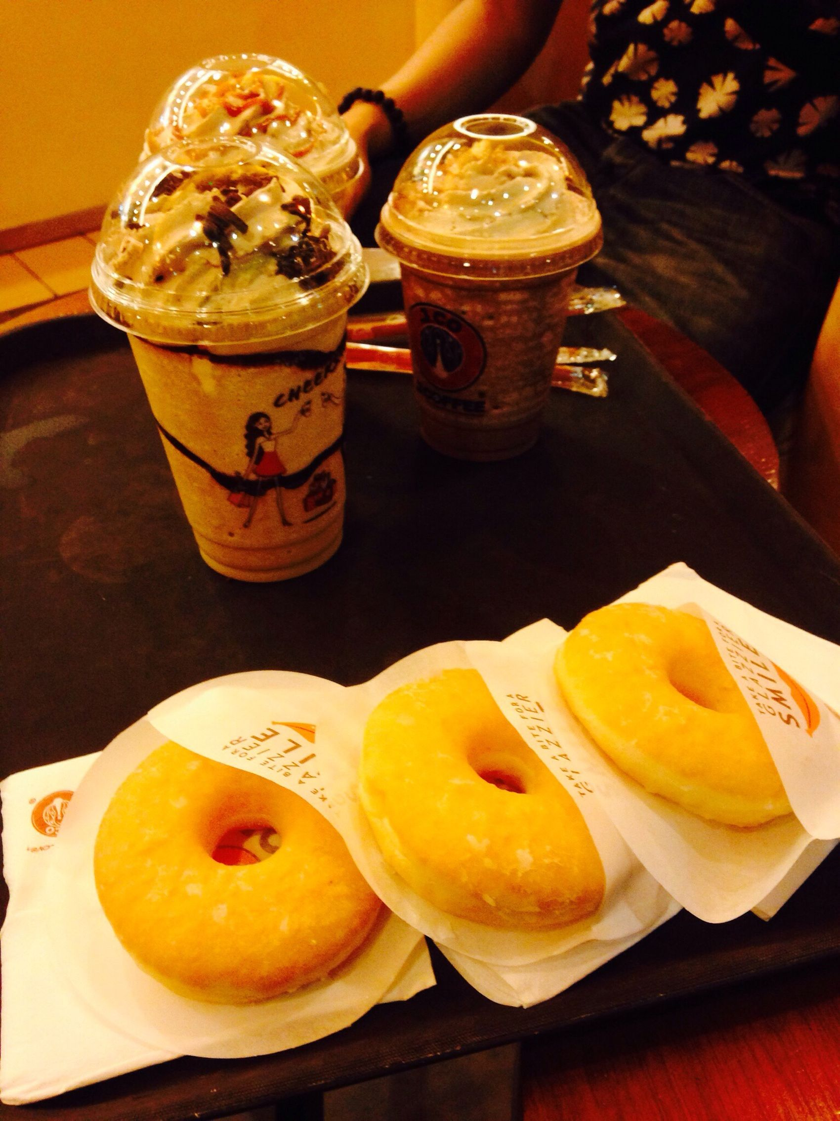 Caramel Frappè Donuts Jco With Friends