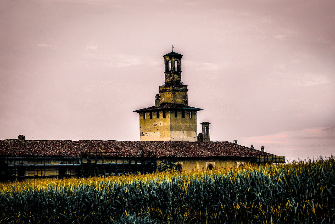 Castello di Cusago, Parco Agricolo Sud Milano, Italy Agriculture Architecture Building Exterior Castello Castle Colours Corn Day EyeEm Gallery Field Granturco Historic History Landscape Mais Medieval Nature No People Outdoors Plant Plants Sky Torre Tower