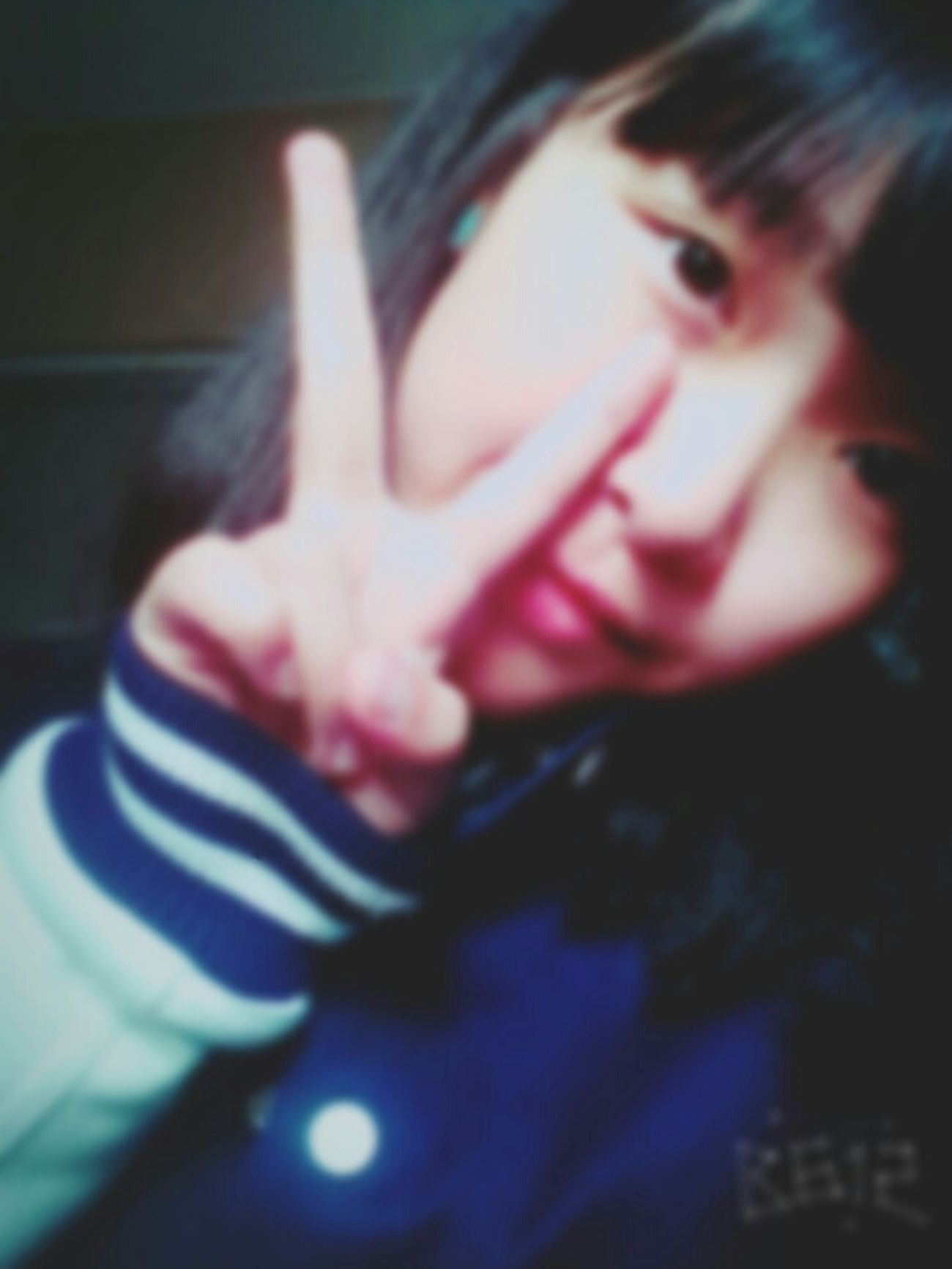 That's Me Hello World Happy :) Have A Cold Happy People 不会再学校交朋友惹