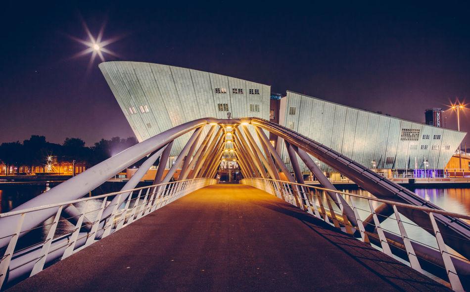 Beautiful stock photos of mond, night, city, illuminated, architecture