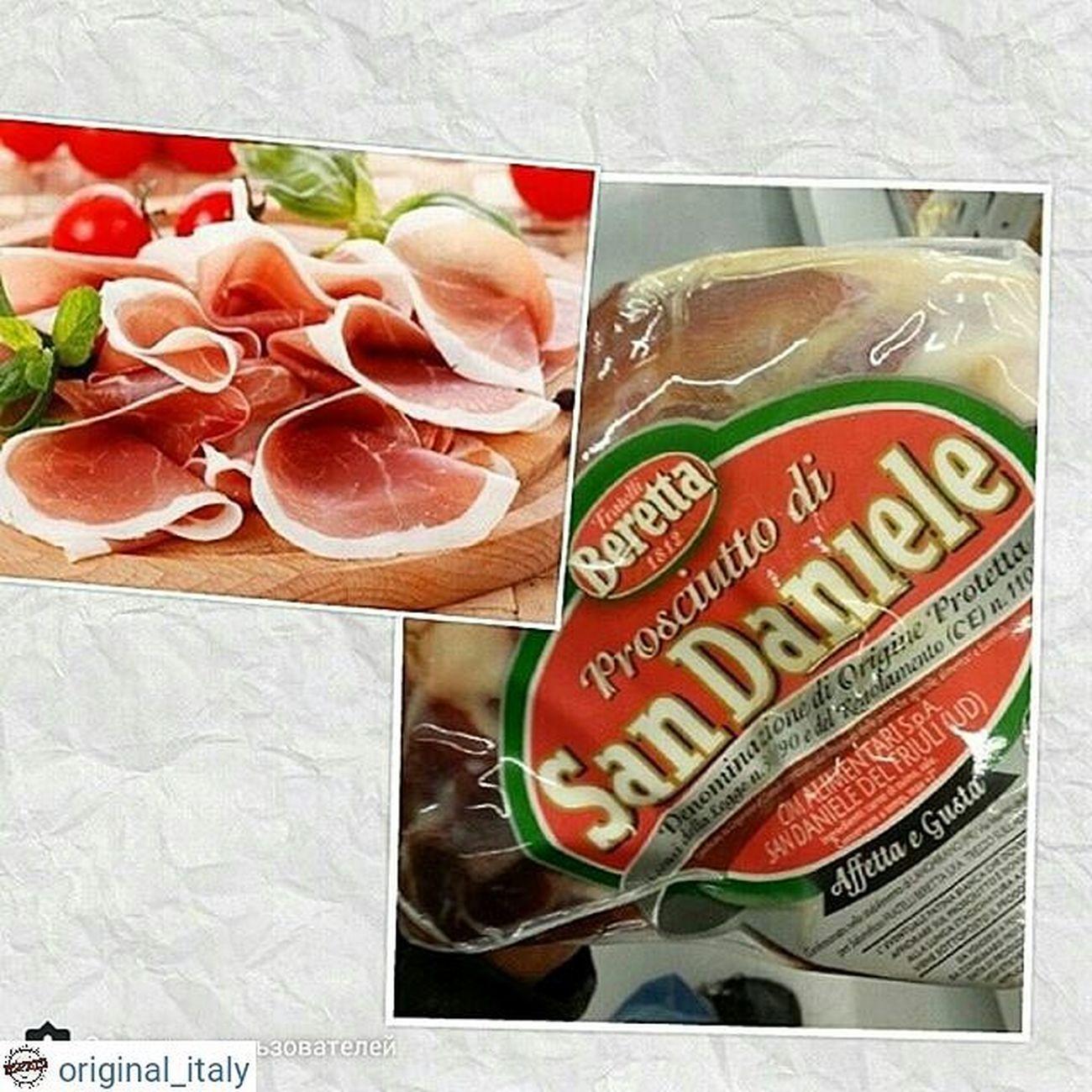 ☆☆☆☆☆ @original_italy ☆☆☆☆☆ Прошутто одним куском в вакуумной упаковке. Очень ароматное, мясо долгой выдержки. Одна из лучших фирм итальянских. Вес 1,5кг. , цена 78€ Для заказа WhatsApp, Viber + 79817855075 Италия шоппинг оригинал Original_italу кофевиноitalyкупитьмосквапитерсырсырыитальянскиесырысырнаятарелкапиццапастаПрошуттосалямиОливковоемаслоЛимончелло