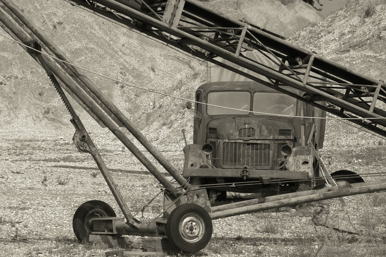 Gravel Plant Stone - Object Gravel Walk Perfect Moment Perfect Day Hello World Wonderful View Perfect View Eyeem4photography Old Old-fashioned Oldtimers Oldtimer Land Vehicle Black&white Baden Austria Black And White Stones And Natur Obsolete Urban Art EyeEm Gallery Eyeem Photography Black And White Collection  Classic Car The Past