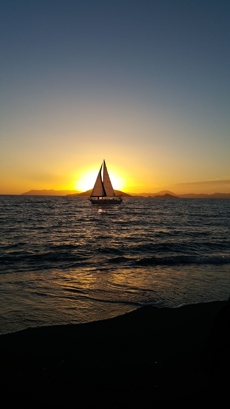 Nofilter Sailing Boat Sea And Sky Sunset_collection Simple Photography My Winter Favorites Having Fun Cloudy Skyporn Living By The Lake Populer Photos Showcase March Hello World Taking Photos Beach Life Beach Photography Fethiye Calisbeach Tadaa Community