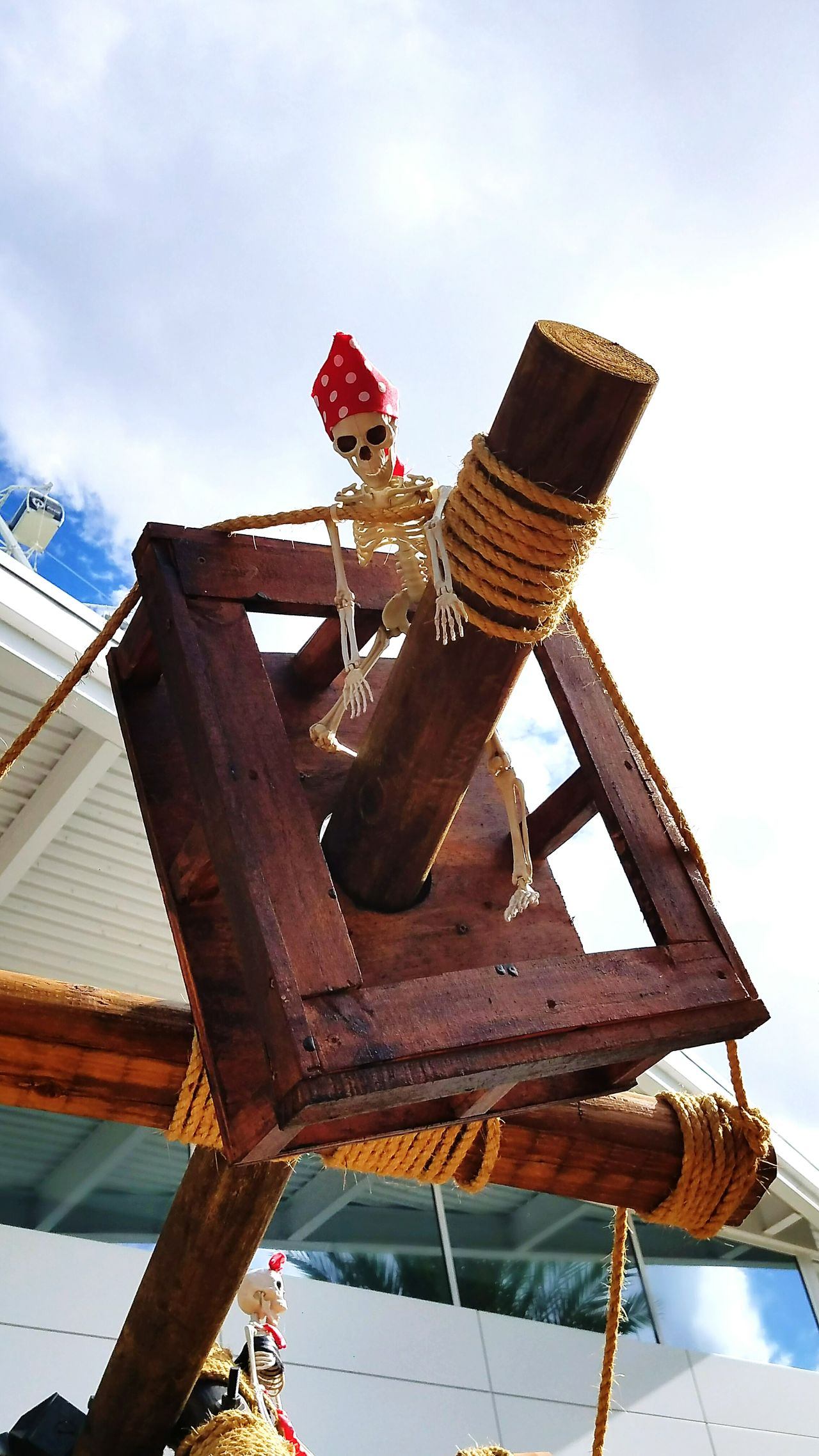 One Man Only EyeEmNewHere Pirates Skeleton Pirates Skeleton Pirateship  First Eyeem Photo Outdoors Rollercoaster Day Sky