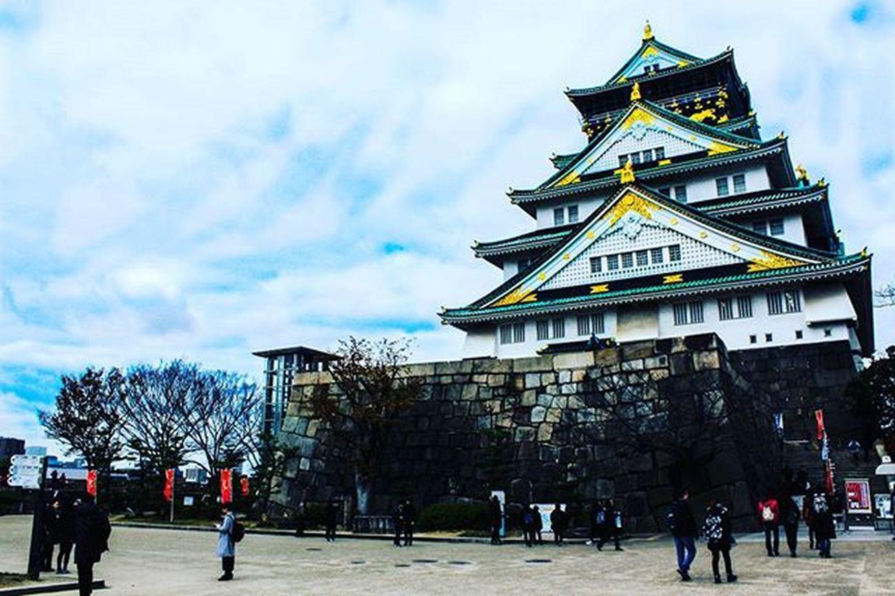 🏰 오다 노부나가는 '울지 않는 새는 베어버리고', 토요토미 히데요시는 '울지 않는 새는 울게 만들며', 토쿠가와 이에야스는 '울지 않는 새는 울 때까지 기다린다'. - '울지 않는 새'에 관한 이야기 중에서 - 오사카 오사카성 교토 일본 오사카여행 교토여행 일본여행 Japan Travel OSAKA 大阪城 Osakacastle 천수각 일본성 빈카메라 Bincamera