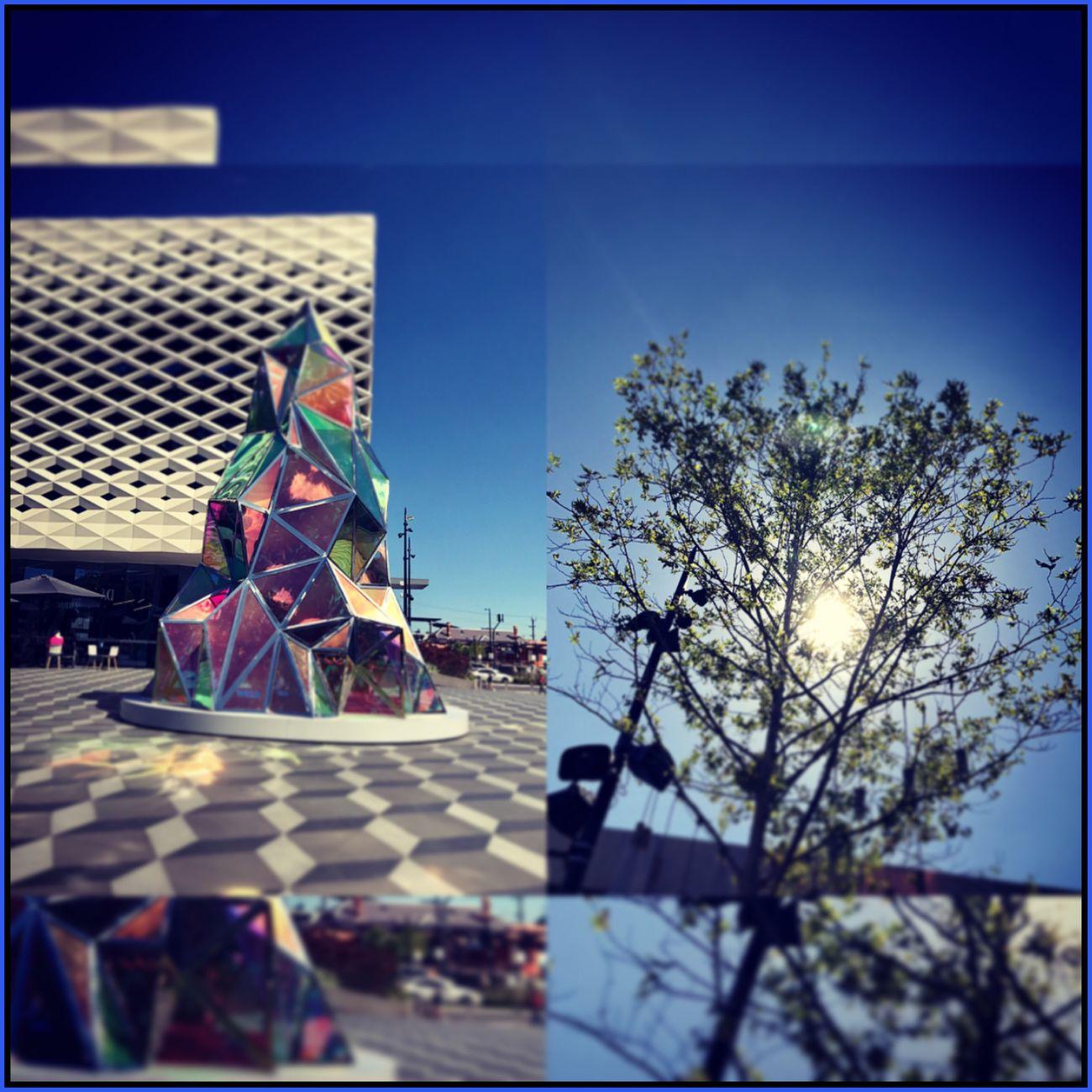 Interesting thing's at Eastland 🎄☀️🍃🏢 MyPhotography ChristmasTreeArt ChristmasTreeStatue ModernChristmas Plaza Summer Sunshine Tree Throughmyeyes Interesting Building Eyeemcollection 🏢🎄☀️🍃