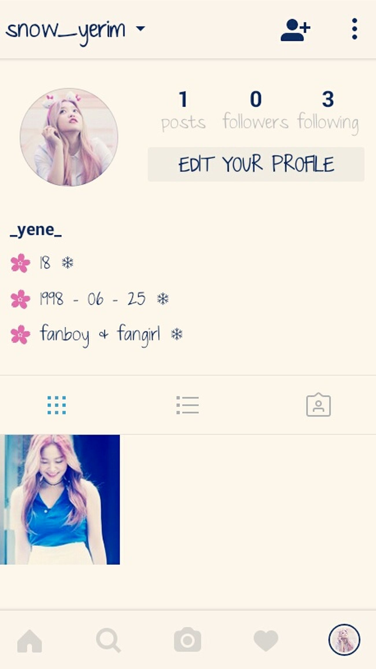 FOLLOW MEEE! IM JUST MAKE A NEW ONE T.T i am fans of kim yerim Yeri Yerim Kimyeri Redvelvet Smiling Beautiful Woman One Young Woman Only Happiness Cheerful Men Vertical Standing People Human Body Part Adult Person