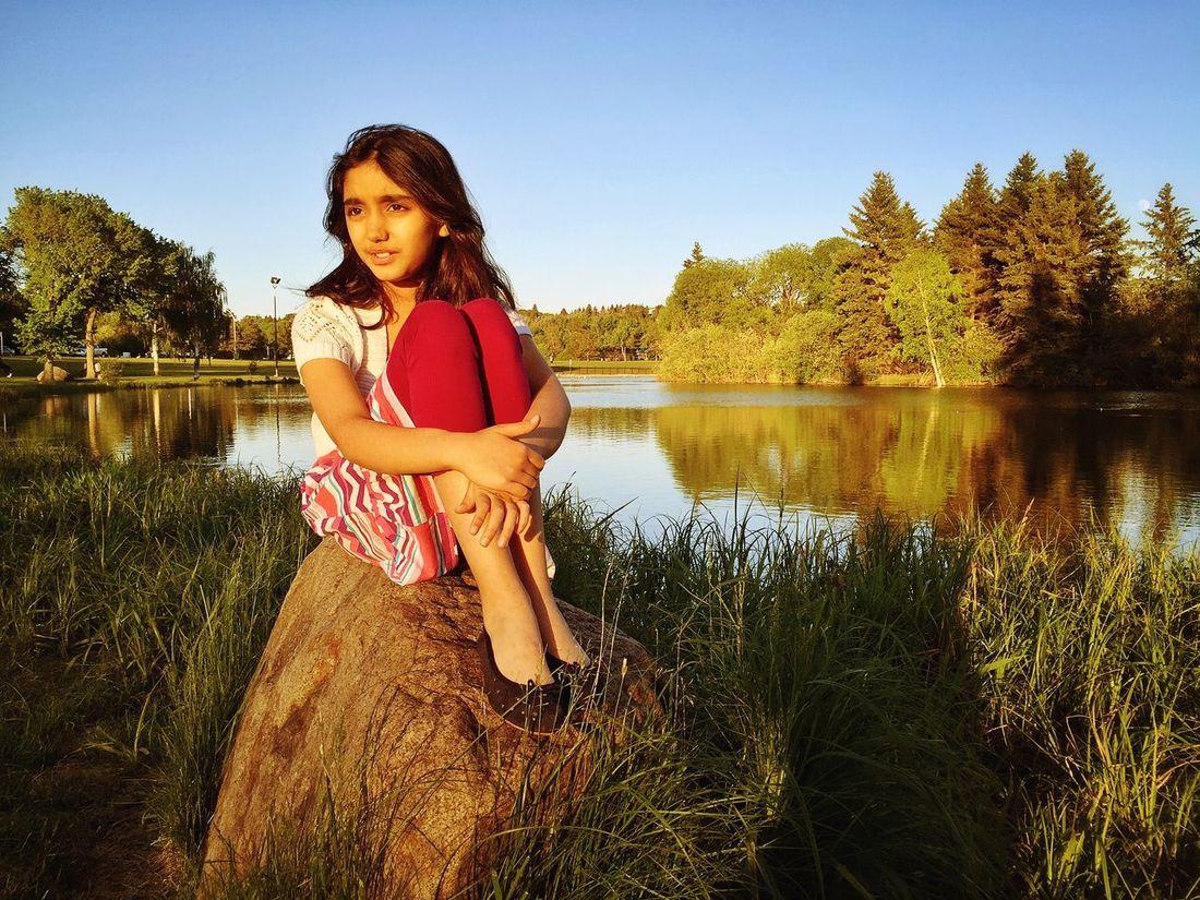 IPSChild2015 Girl Kid Sunset Park Pond Stone Portrait IPSWebsite Golden