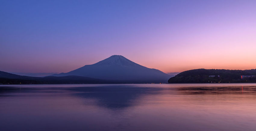 Dusk at Lake Yamanaka Japan 山中湖 富士山 Atardecer Fujiyama Mt. Fuji Lake Yamanaka 夕焼け Sunset Dusk Volcano Twilight Beauty In Nature
