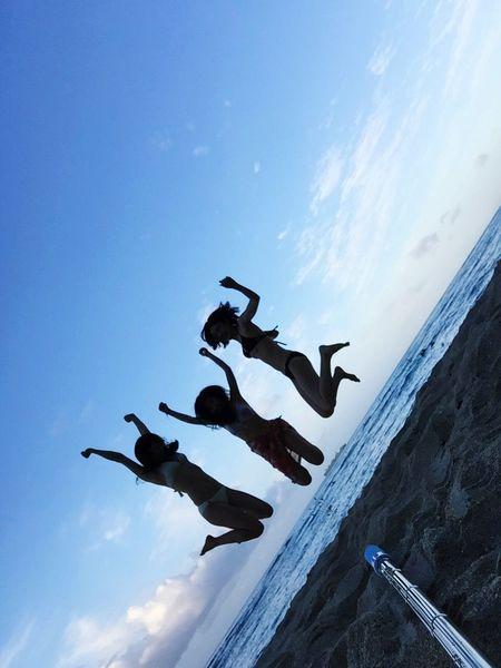 Hawaii Waikiki Beach Jump Burst Selfiestick
