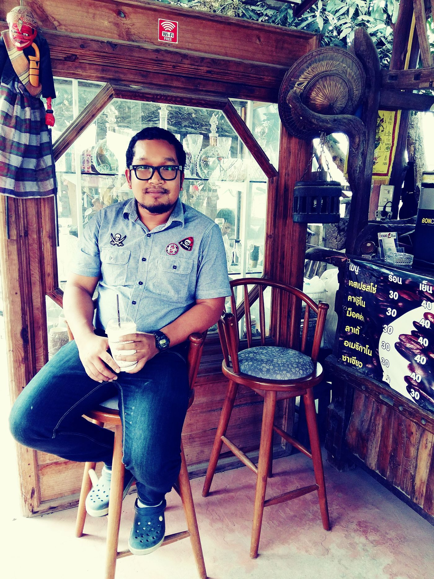 กินกาแฟ ซักนิดๆ First Eyeem Photo