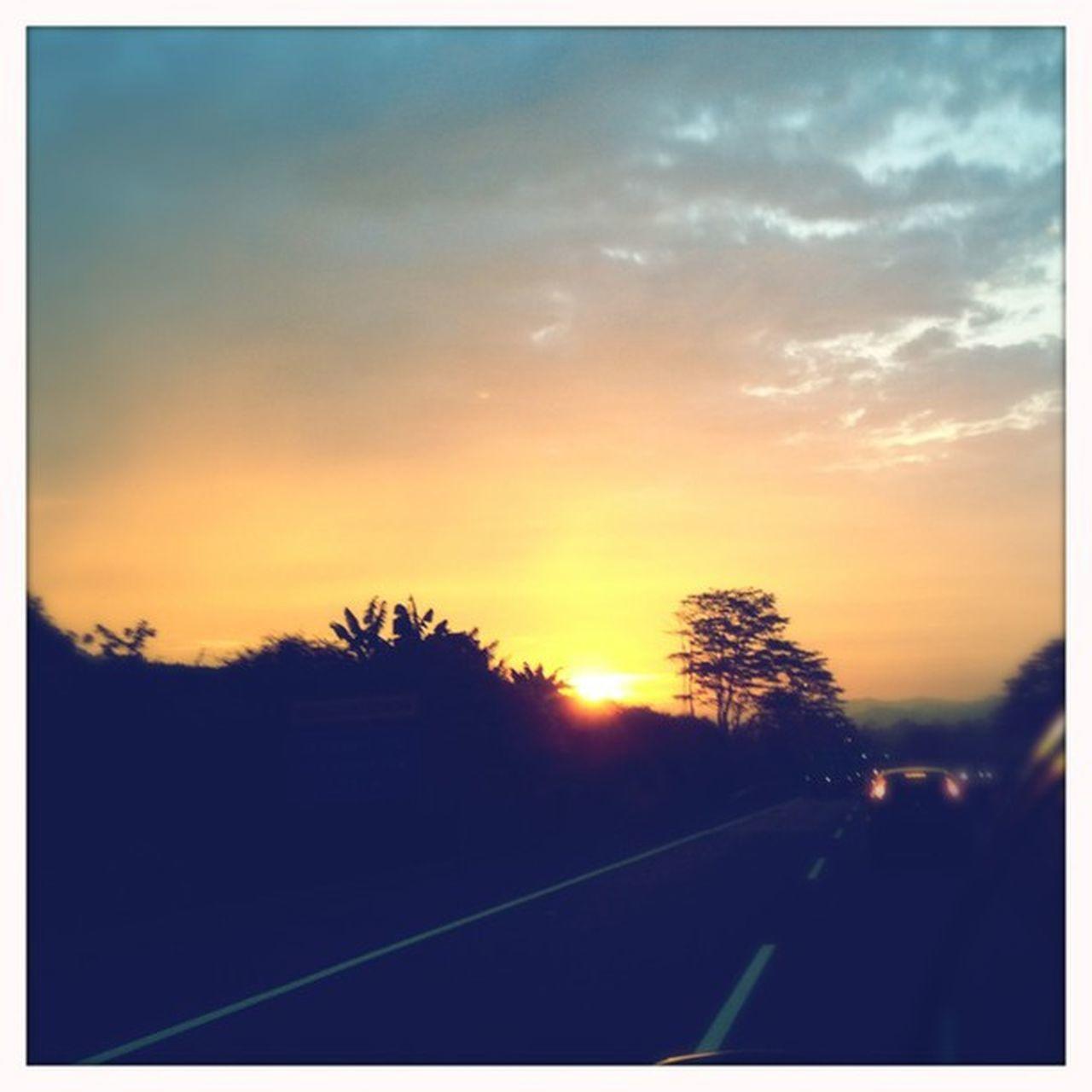 On the way Iphonesia Blur Makebeautiful @hipstachallenge @hipstamatic Hipstamatic Americana Blanko