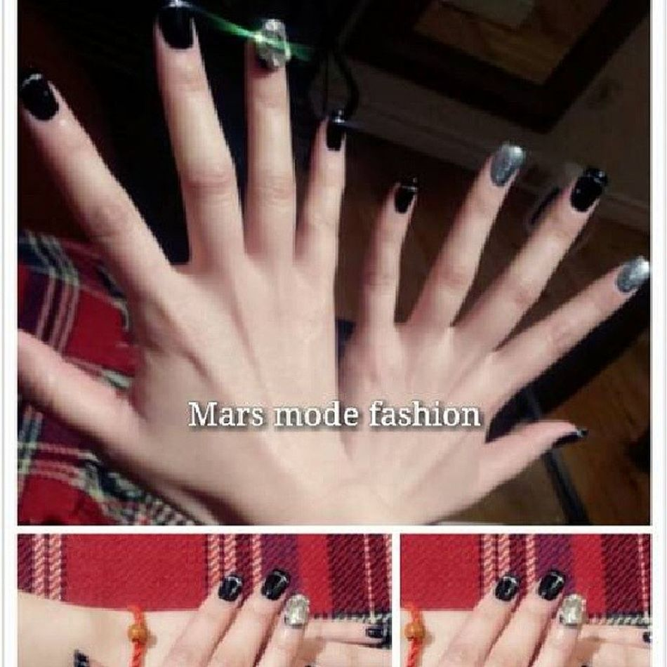MarsModeFashion Nail Salon Woman beautiful summer Mars nail salon. by appiontment only. get your nail a new look, be prepare for summer! TEL: 5149989277 3914 st Denis. Montreal