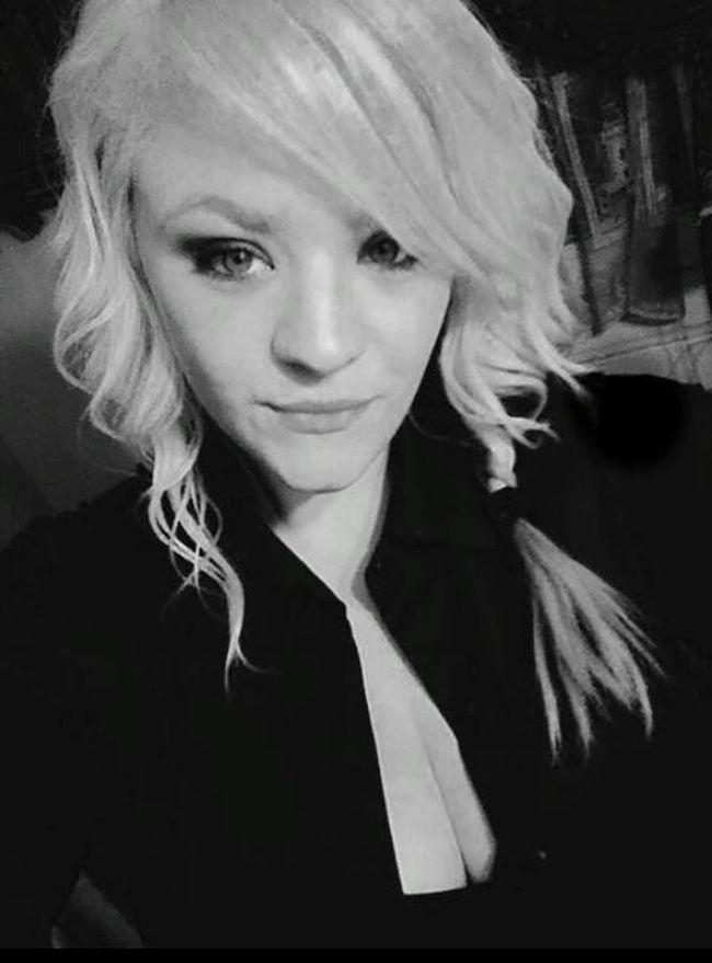 Black & White Pretty Girl Blonde Beauty