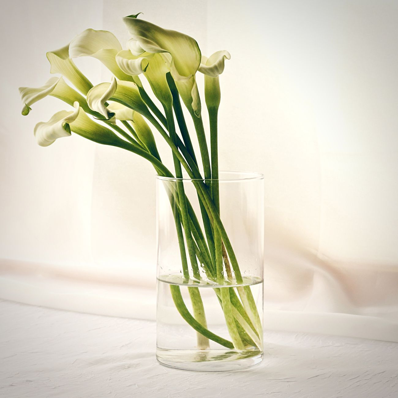 Bouquet in a Vase White Lilies Lilies Calla Lilly Flowers, Nature And Beauty Spring Flowers
