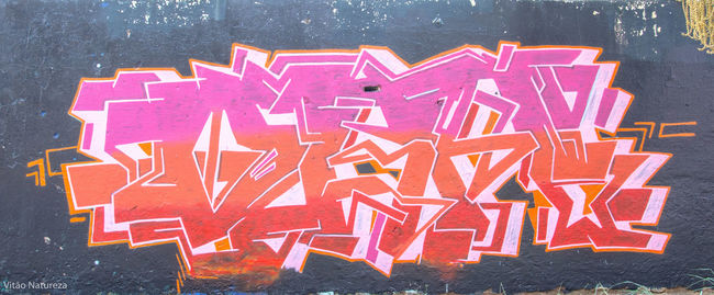 Grafitti HipHop Streetphotography Streetart Hiphopemaçao Universodacor Photoart Nikonphotography Fotografiaderua Victornatureza Vitaonatureza Olharnatural Poeticadacidade Artefotografia Photography