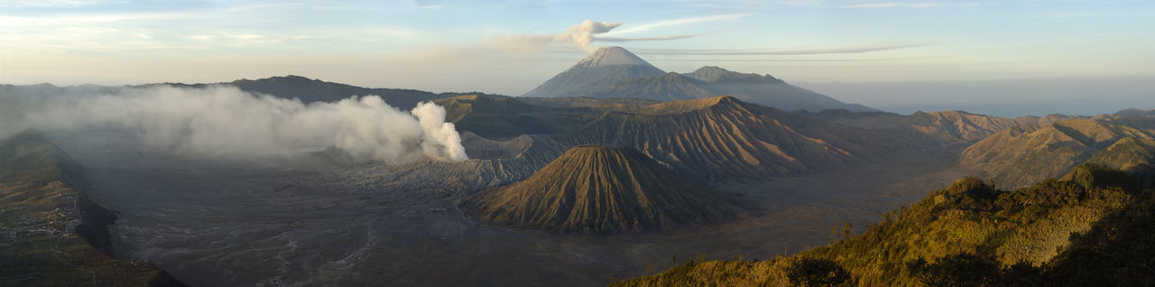 Beautiful stock photos of feuer, Active Volcano, Beauty In Nature, Bromo-Tengger-Semeru National Park, Day