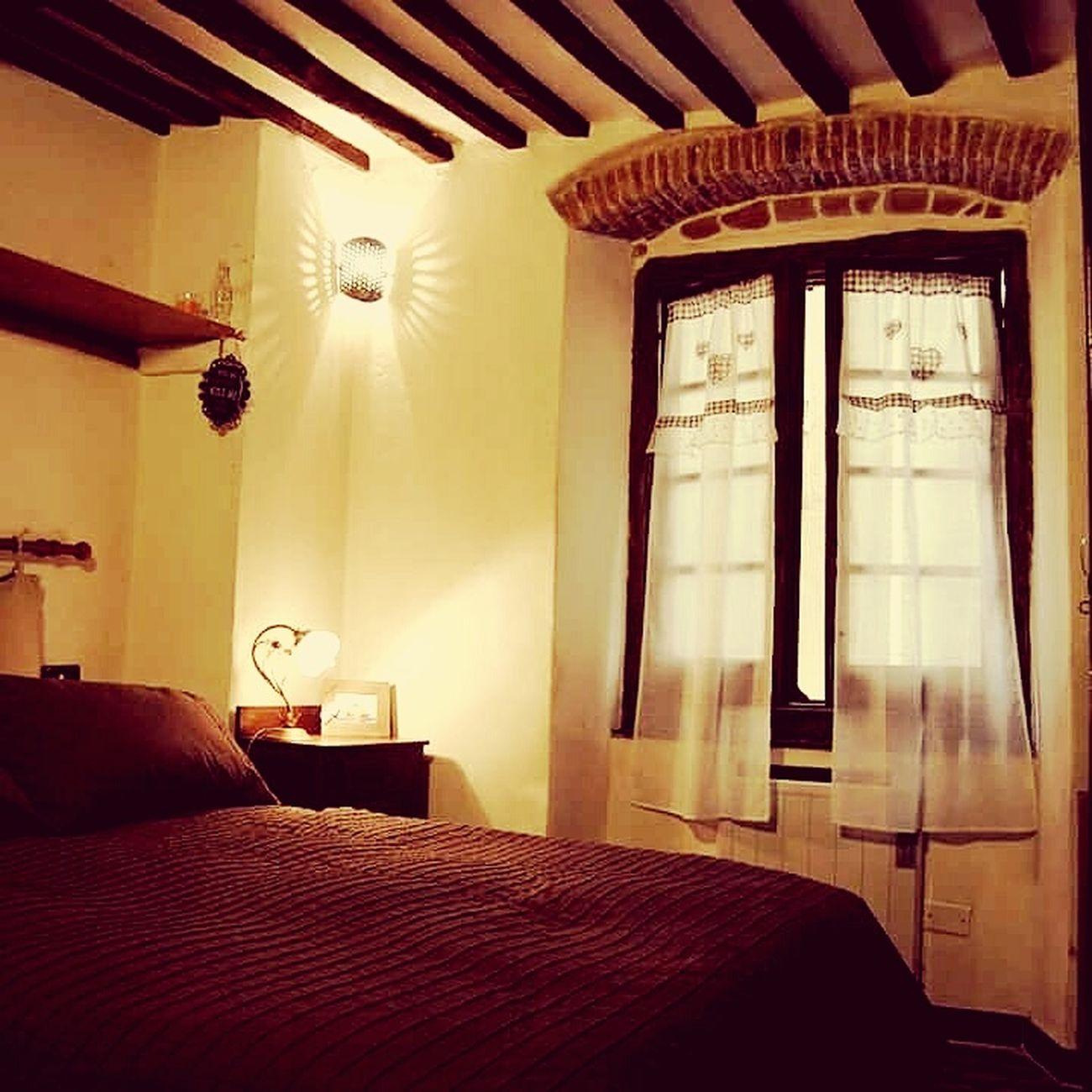 Luxury Indoors  Bed Bedroom No People Wealth Day vico luna