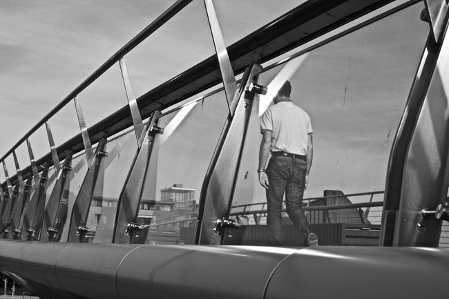 Bridge Casual Clothing Men Nikon Nikonphotography Outdoors Street Streetphoto_bw Streetphotography Walk