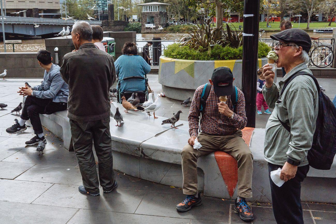 Streetphotography Streetphoto_color Streets Of Melbourne Everyday Australia SonyA7s Sony Australia People Watching MelbournePhotographer