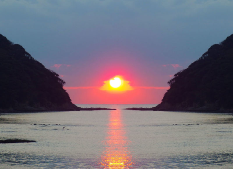 sun down to the sea Beauty In Nature Clear Sky Day Horizon Over Water Nature No People Outdoors Scenics Sea Sky Sun Sunset Tranquil Scene Tranquility Water