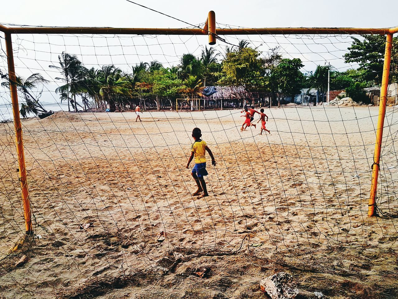 Football Fever Kids Playing Kidsphotography Kids Photography Kids Futbol Pasion Futbol Futboltime Futbol<3 Footballislife Football Player Football Game Football Life Football Fans Football Stadium Football Match Football Time  Playa #beach Beach Photography Beach Life Beach Time Reportagephotography