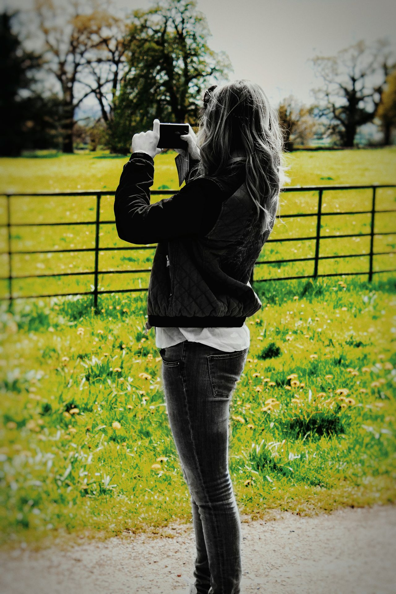 One Woman Only Day One Person Only Women Standing One Young Woman Only Outdoors BYOPaper! The Street Photographer - 2017 EyeEm Awards The Photojournalist - 2017 EyeEm Awards England Tourist Tourism Visit Phone Photo People Beauty In Nature Capture Capture The Moment Photography Field Trees Black & White Black And White And Color The Great Outdoors - 2017 EyeEm Awards