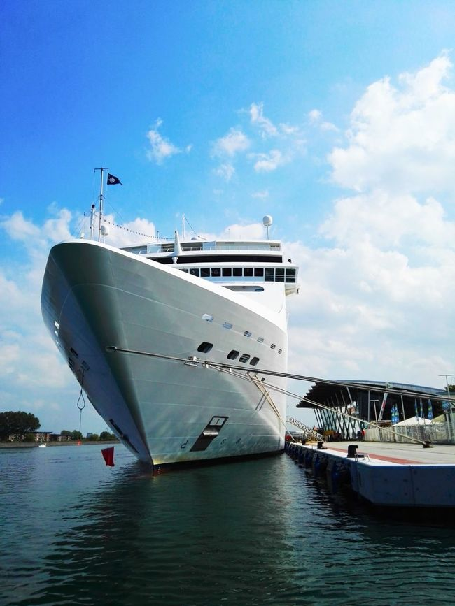 Ship Sea Sea And Sky Seascape Shipping Docks Shipping  World Gigant Ocean EyeEm Best Shots EyeEm Gallery
