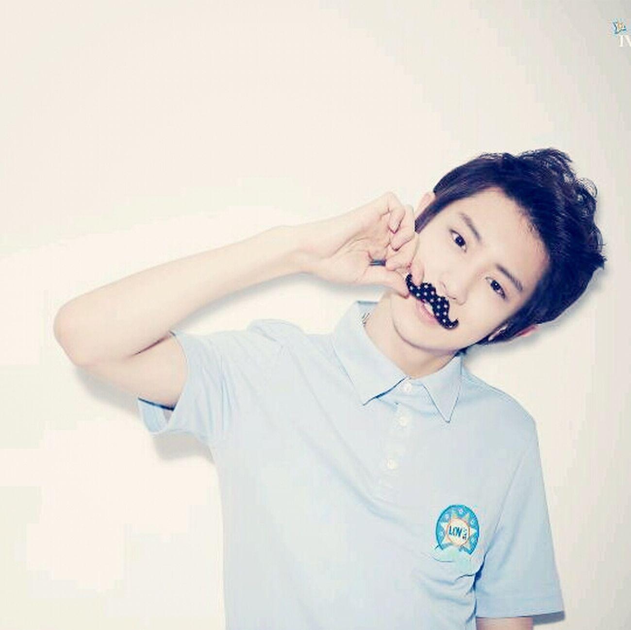 i'm in love with him..... Park Chanyeol Exo-K Kpop Saranghae !!!! ??♥♥♥