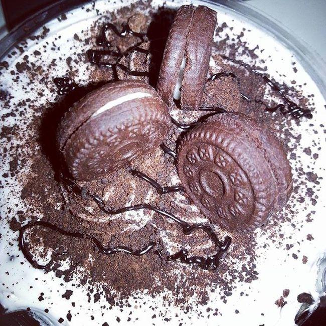 Yummy! SugarRush Cookiesandcream Cake Fudtrip