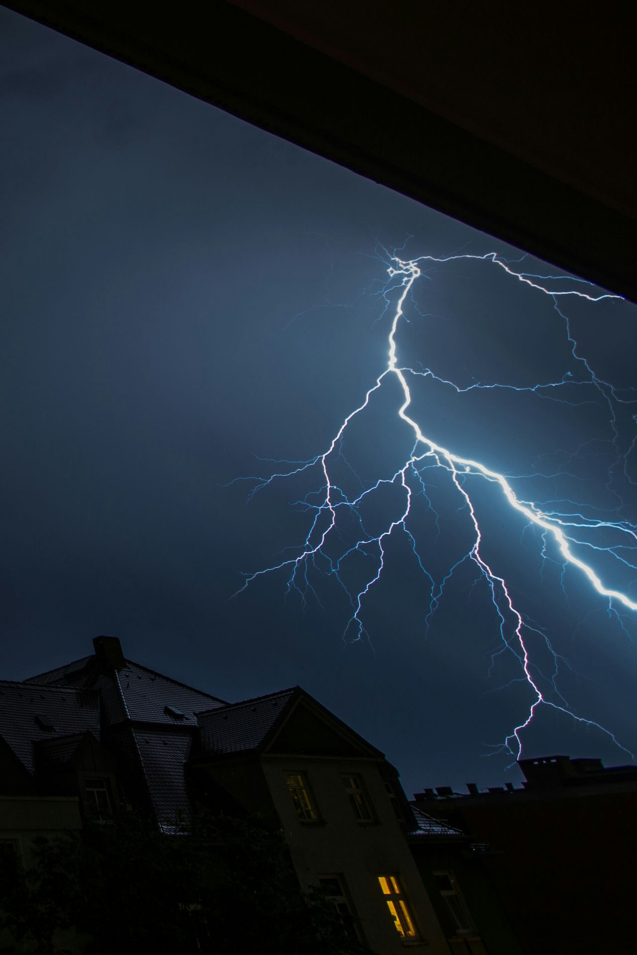 Beautiful stock photos of lightning, Architecture, Beauty In Nature, Building Exterior, Built Structure