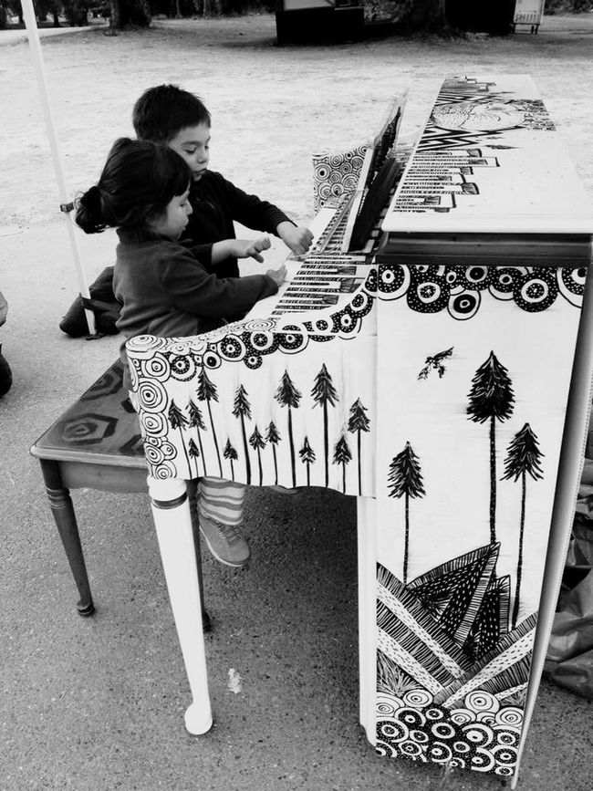 Playing at the park ! Piano Music Relaxing Enjoying Life United States Seattle, Washington