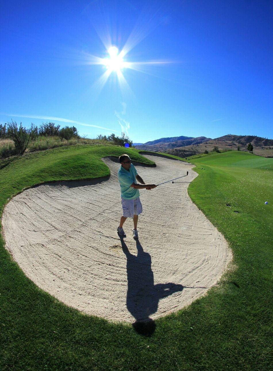 Beautiful stock photos of golf, Activity, Casual Clothing, Caucasian Ethnicity, Chelan