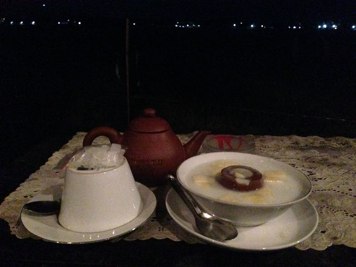 Es puding aple vs tea poci ? Cafe Traditional Indonesia Tea Poci Tea IPhoneography IPhone5 INDONESIA