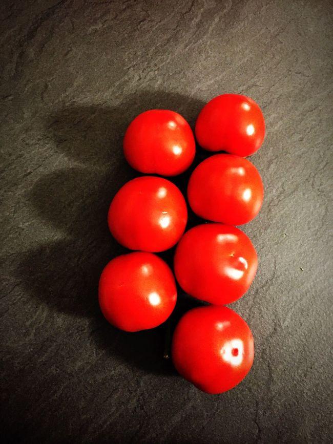 Tomatoes Tomatos Black Rock Cofee Background Italian Food Istockphoto IPhone Iphoneonly Iphone6