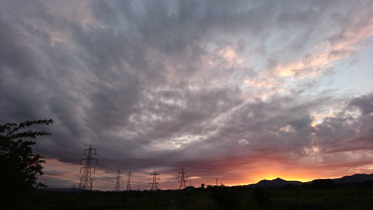 No Edit/no Filter Sunset Dramatic Sky Silhouette Ochil Hills Tranquility Electricity Pylon Dumyat Nature The Great Outdoors - 2017 EyeEm Awards The Architect - 20I7 EyeEm Awards Sunset Silhouettes EyeEm Best Shots Sunset_collection