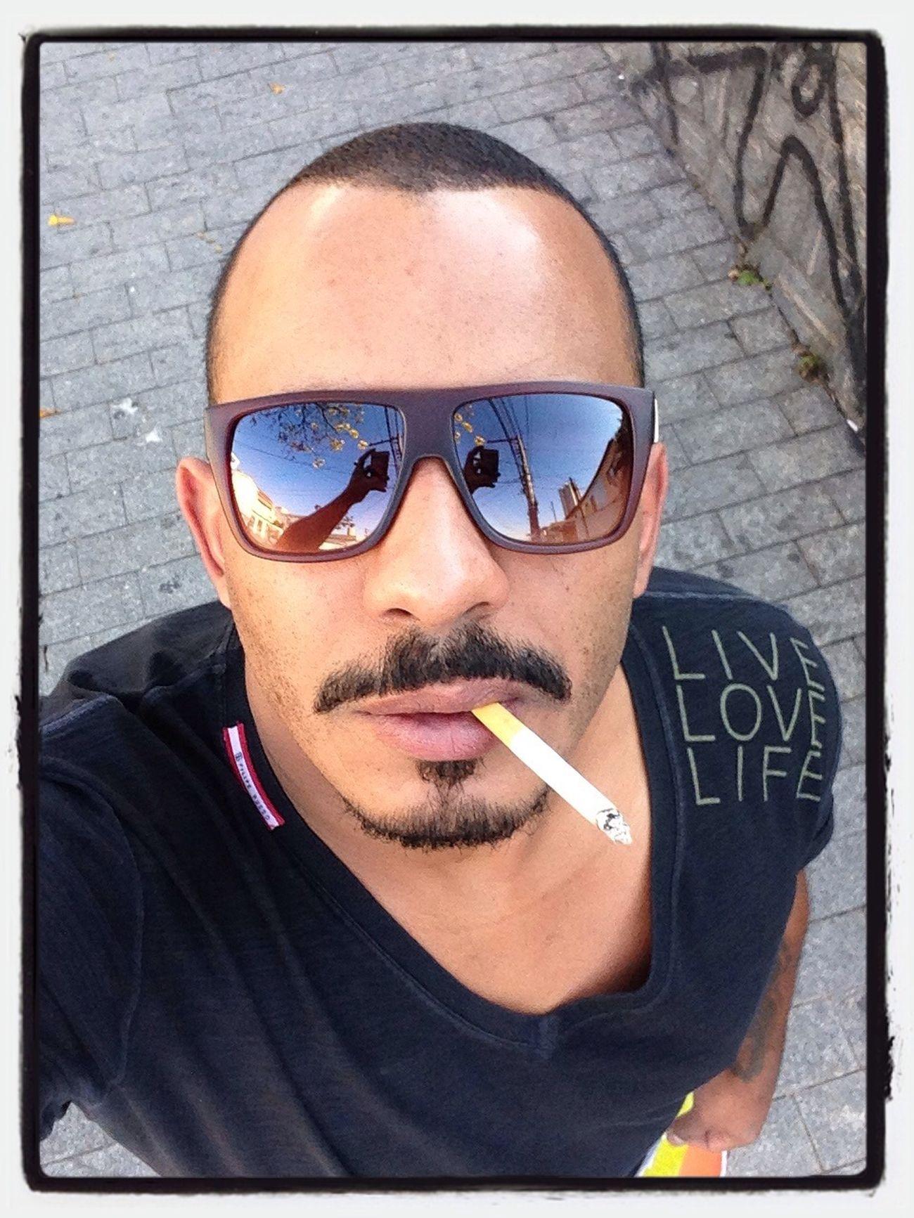 Zédobigode Coffee And Cigarettes eu.......