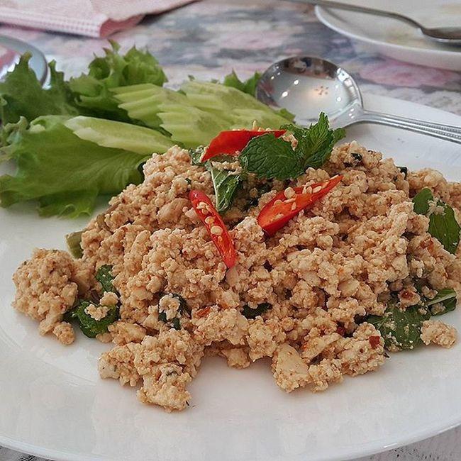 เราก็ชอบกินลาบนะ 😃😀😆 จานนี้คือลาบเต้าหู้ Spicy minced tofu salad เหมาะสำหรับการกินเจ I Like Lap ลาบ เต้าหู้