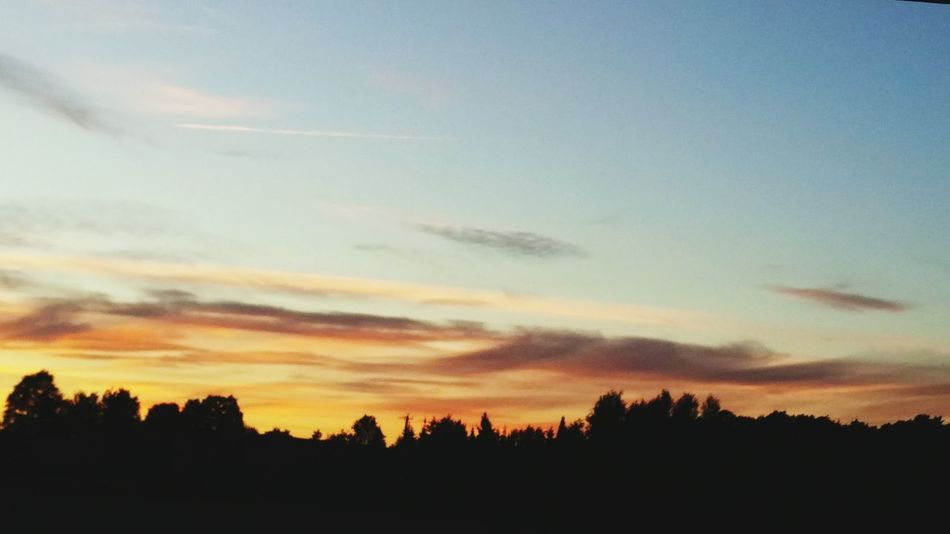 Skyporn Skyisonfire Beauty In Nature Sunrise_sunsets_aroundworld Beautiful Sunset