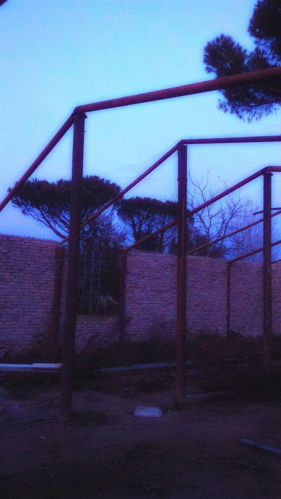 Ruins Rovine Openroof Tettoaperto Architecture No People Outdoors Built Structure Casa House Mattoni Bricks Ferri Irons Sky Cielo