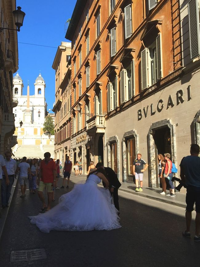 City Life Rome Via Condotti Bvlgari TrinitàdeiMonti Piazza Di Spagna Wedding Wedding Photography Weddings Around The World Bride