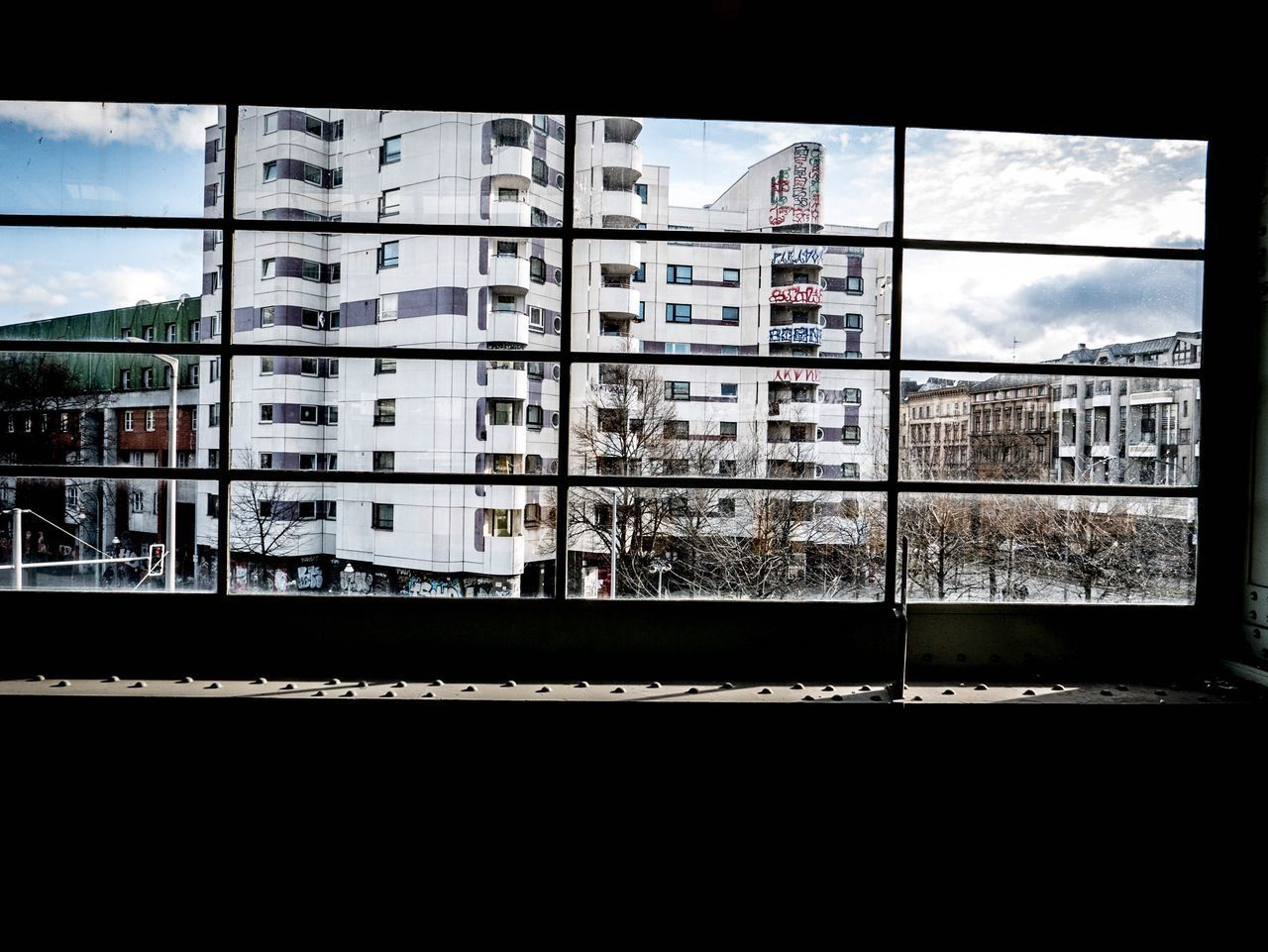 Everydaygermany Window Built Structure Architecture Building Exterior Rail Transportation Railroad Track Sky Day Transportation City No People Residential Building Outdoors Public Transportation