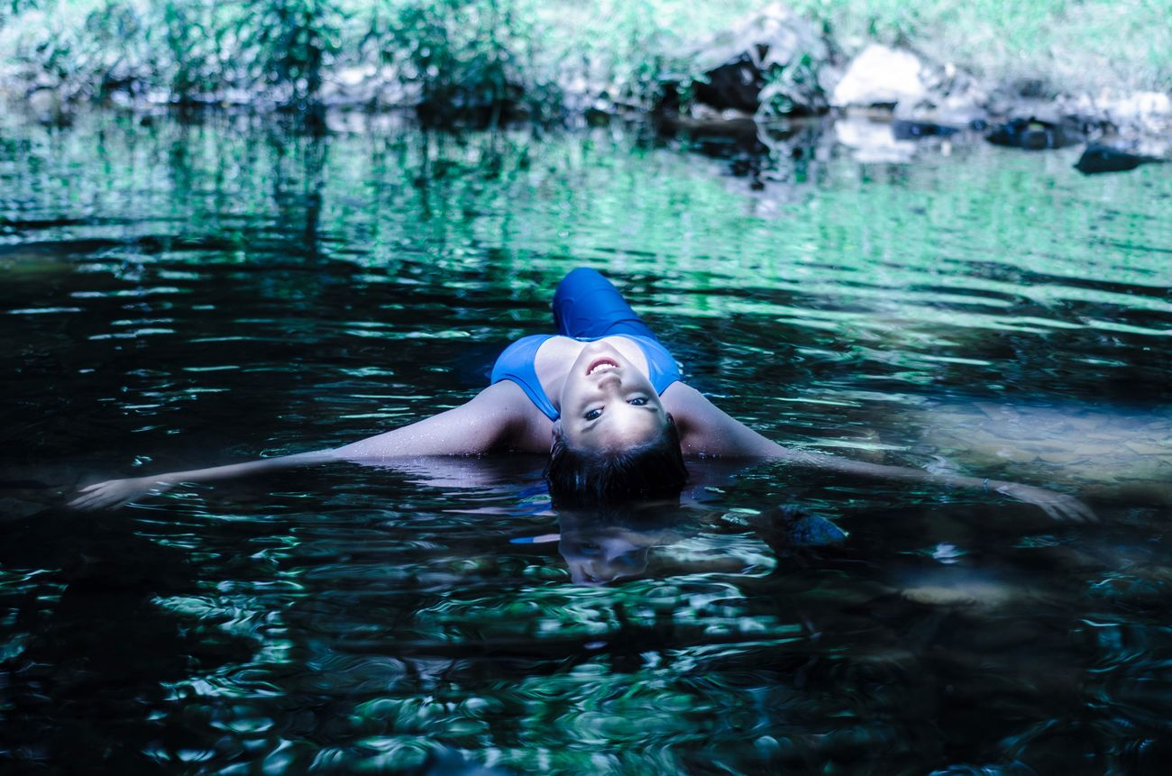 Water Water Reflections Nikon D7000 50mm Portrait Swimming Lake Portrait Of A Woman Relaxing Young Women Dress Nature Natural Light Portrait Wet