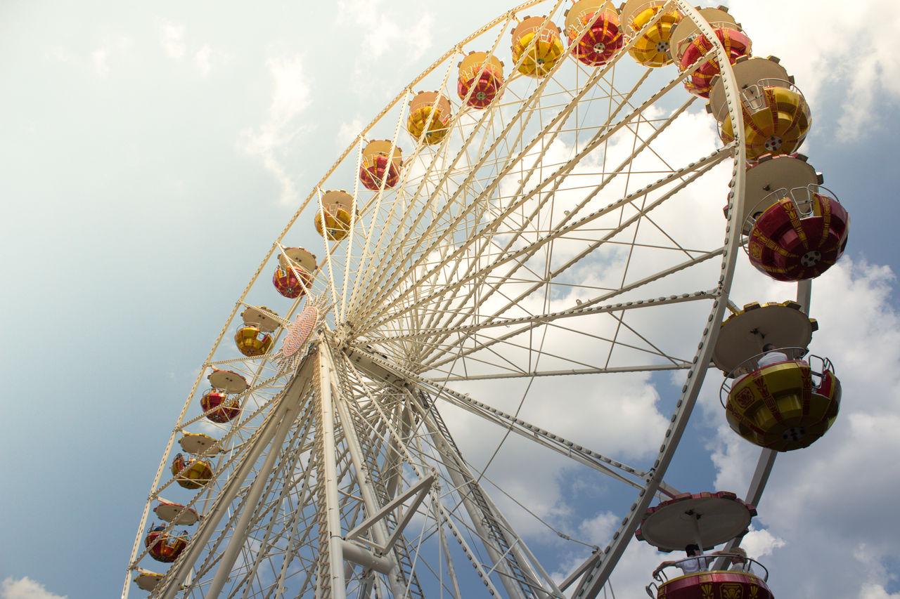 Amusement Park Amusement Park Ride Arts Culture And Entertainment Big Wheel Day Ferris Wheel Leisure Activity Low Angle View No People Outdoors Sky