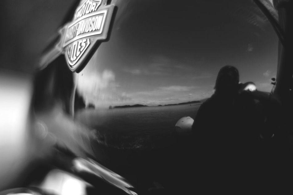 良いお年を Bw_collection Oldlens Blackandwhite BW Collection Black & White Pentaxk7 Motorcycle Planar50/1.4 Carl Zeiss EyeEm Gallery Harleydavidson Pentax 年の瀬 大晦日
