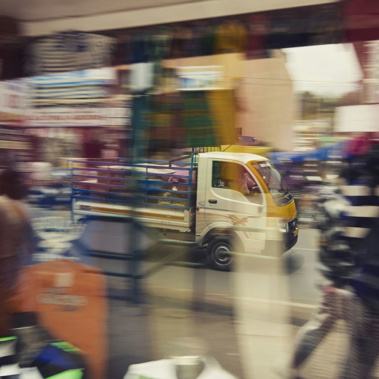 blurred motion, transportation, mode of transport, speed, land vehicle, public transportation, motion, car, day, no people, outdoors, city