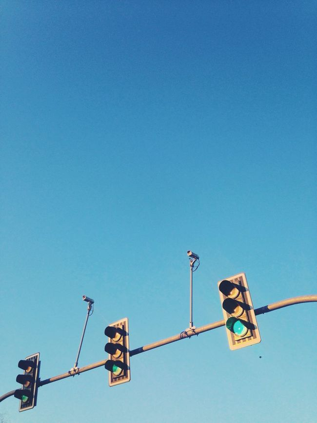 Balancing Act VSCO Sky Street Share Your Adventure Colour Of Life Showing Imperfection