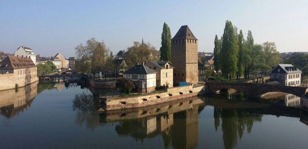 Strasbourg Burg Sonne Architecture