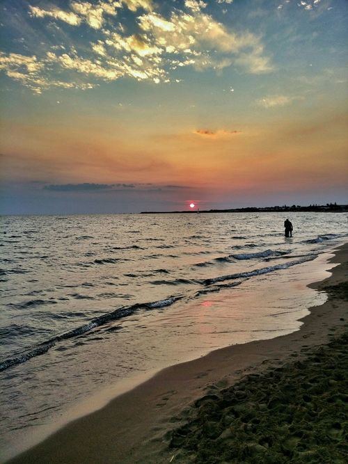 Nature Photography Summer2015 Sicily ❤️❤️❤️ Siciliamia Sea Sunset #sun #clouds #skylovers #sky #nature #beautifulinnature #naturalbeauty #photography #landscape Sunset Friends ❤ Isoladellecorrenti Picture Of The Day