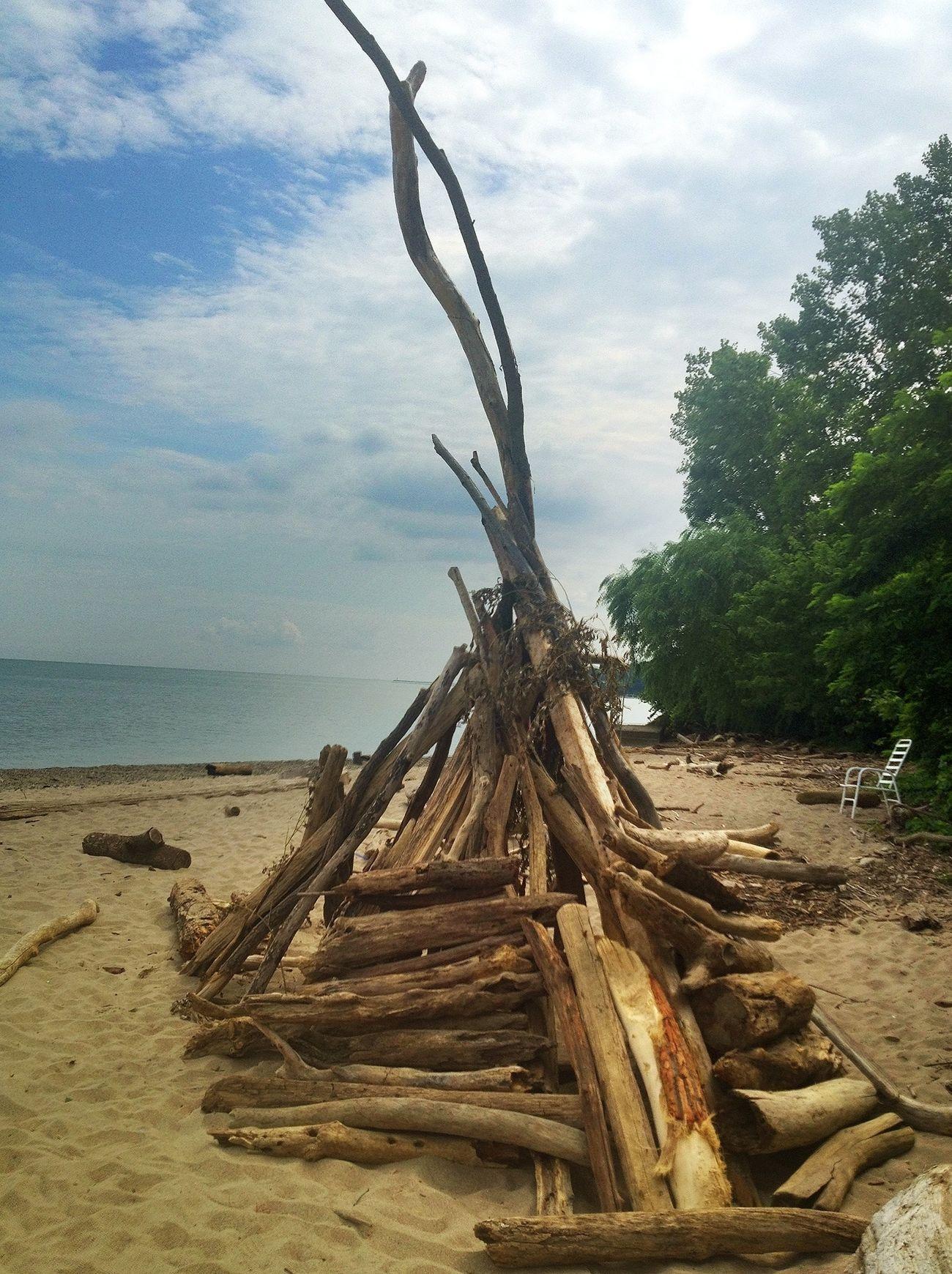 Art on the beach on Lake Erie